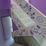 עיצוב מעכה  מעלה מדרגות בגן